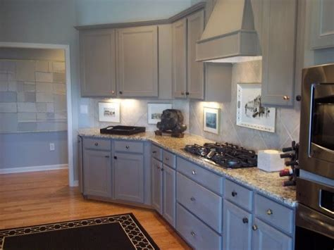annie sloan paint on kitchen cabinets annie sloan chalk paint kitchen cabinets kitchen painted