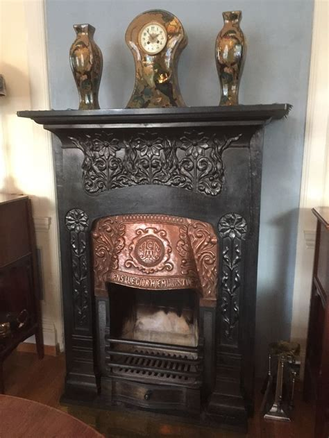 What Rhymes With Fireplace 158 Best Ideas About Nouveau On Porcelain