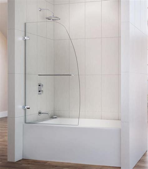 Bathtubs With Glass Enclosures by Best 25 Tub Enclosures Ideas On Tubs