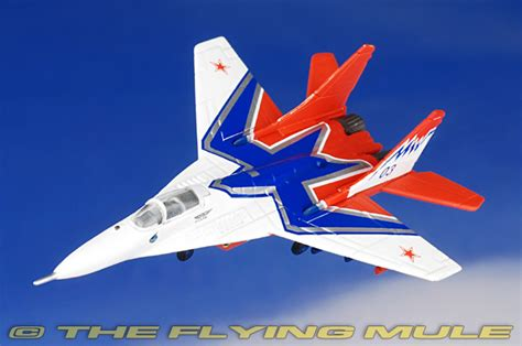 Herpa Wings Russian Air Strizhi Aerobatic Team Mikoyangurevich he 552233 001 herpa 1 200 mig 29 fulcrum diecast model