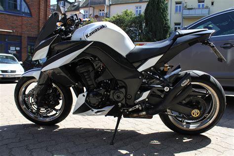 Motorrad Teile Mit Folie Bekleben by Kawasaki Z 1000 Teilfolierung Schwarz Matt Nato Oliv