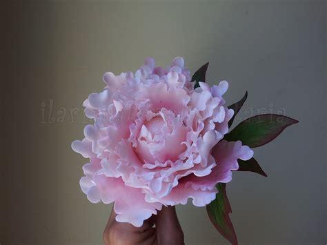 fiori in fiori in pasta di zucchero ilariainterplanetaria