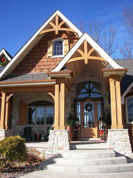 gable bracket  house exterior house designs