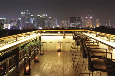 the roof top bar eat drink best new rooftop bars in jakarta da man