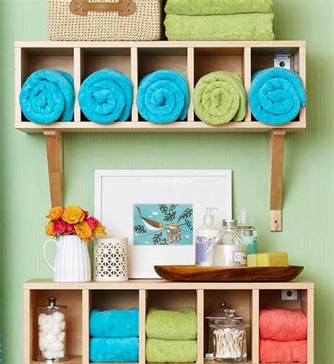 small bathroom wall decor ideas diy wall decor ideas for bathroom diy crafts