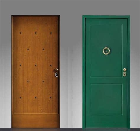 rivestimento porta ingresso portoni d ingresso e pannelli rivestimenti topchiusure