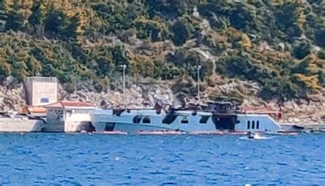 yacht kanga fire in croatia burned recently delivered the superyacht owner
