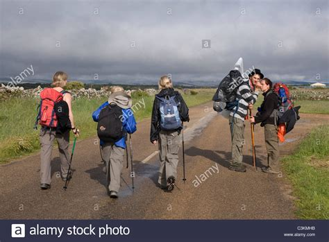 camino de santiago northern route walkers on the pilgrimage route camino de santiago