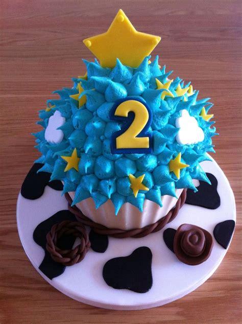 Toy Story Themed Giant Cupcake  Ee  Birthday Ee    Ee  Ideas Ee    Ee  Birthday Ee
