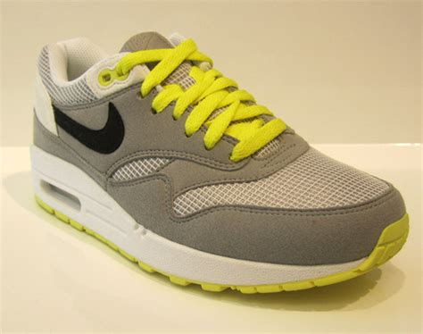 Nike Airmax One For 37 40 air max one noir et violet nike air max fly by examen