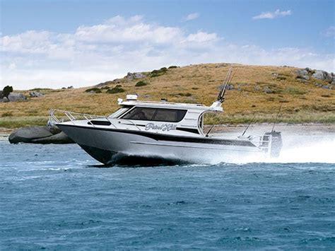 fishmaster boats reviews image fishmaster 9m review