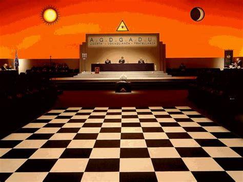 pavimento a scacchi massoneria il pavimento a scacchi tempio massonico su glvdi