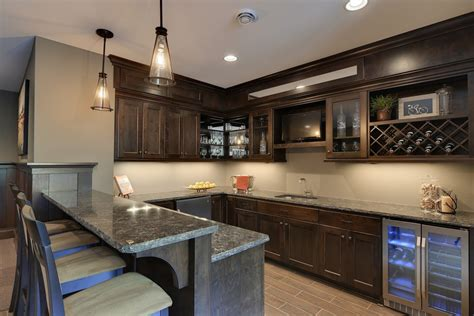 thomasville kitchen cabinets outlethome design galleries thomasville cabinets home bar traditional with counter