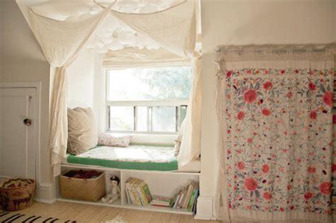 Diy Bedroom Nook Before After Window Nook Makeover Design Sponge