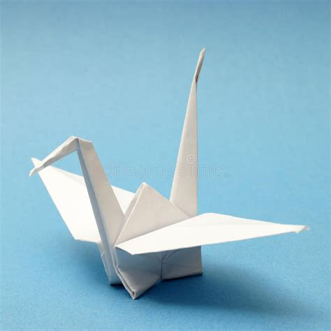 Origami Schwan - origami schwan stockfoto bild kreativ tier