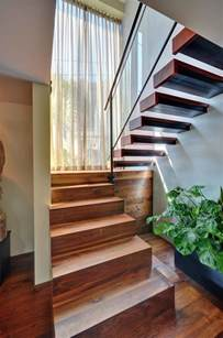 Staircase Window Ideas 25 Modern Staircase Landing Decorating Ideas To Get Inspired