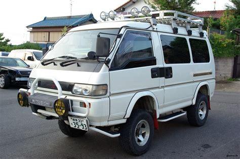 mitsubishi delica l300 mitsubishi delica l300 4x4 car interior design