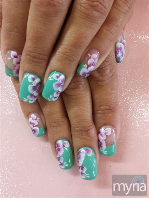 Gel Flower mint green gel with one stroke flower nail myria