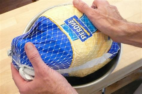 how can you keep a frozen turkey 28 images mahalo com yes you can roast a frozen turkey