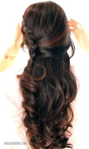 quick and easy romantic hairstyles in this quick and easy hair tutorial video learn how to