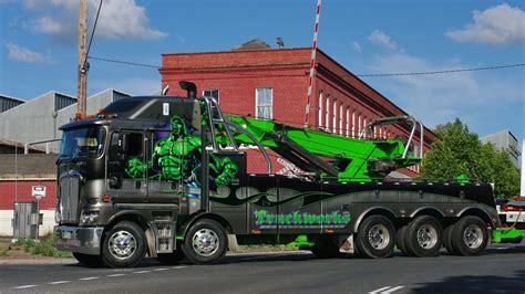 kenworth the world s best truckworks kenworth k200 incredible hulk at castlemaine