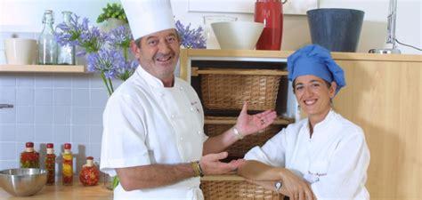 hogarutil hoy cocinas tu hoy cocinas t 250 y karlos argui 241 ano en tu cocina juntos