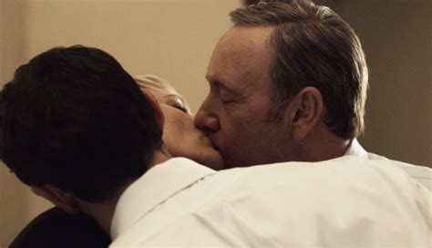 house of cards sex scenes house of cards creator beau willimon clears up frank