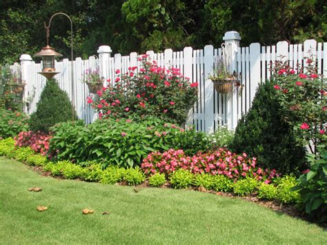 Flower Bed Garden Flowers Beds Arcoiris Design Page 3