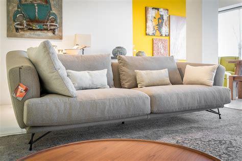 divani italia divano lineare ditr 232 italia modello lennox scontato del 40