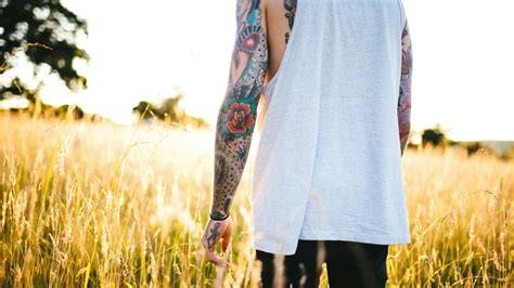 tattoo healing under clothes natural tattoo aftercare tips and suggestions the manual