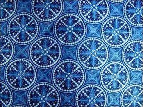 Wallpaper Valencia Biru 85 best indonesia fashion and textile batik images on fabric manipulation textile