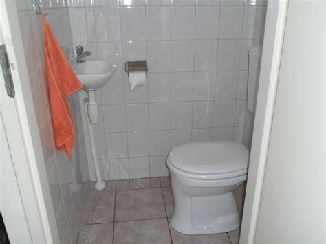bungalow zeester 218 im park strandslag julianadorp aan - 2 Toiletten Im Badezimmer