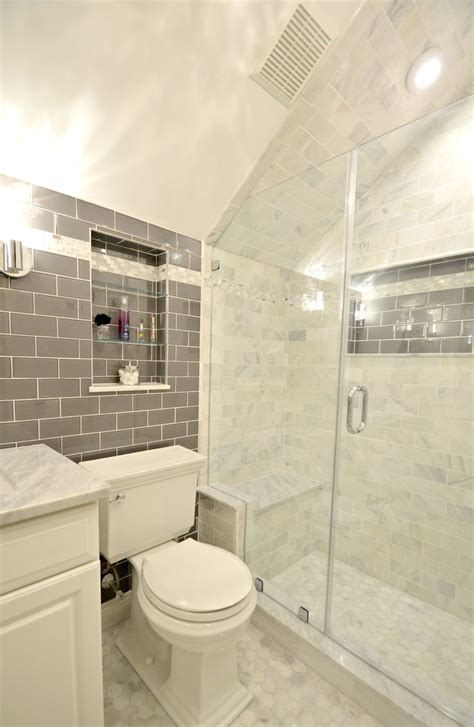 How To Build A Cheap Shower by Best 25 Sloped Ceiling Bathroom Ideas On Loft