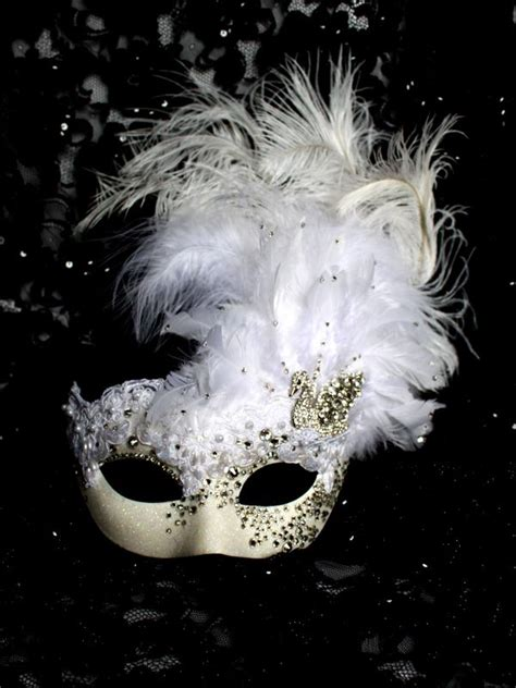 Home Made Christmas Decoration by Extravagent Luxury Crystal White Venetian Swan Mask