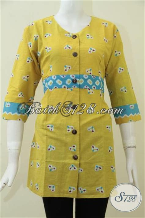 Baju Batik Warna Biru Muda jual baju batik untuk perempuan muda yang berkarir busana batik kerja warna kuning proses