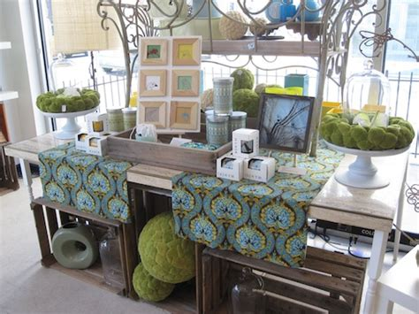 display tables for boutique beautiful blooms boutique is ready for beautiful