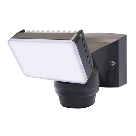 outdoor motion sensor flood light reviews iq america 180 degree bronze motion activated outdoor