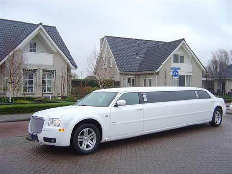 limousine bentley chrylser limo peterborough prestige classic wedding cars