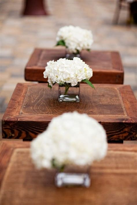 Inexpensive Vases For Centerpieces by Best 25 Inexpensive Centerpieces Ideas On