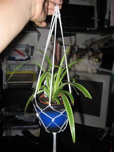 Make Hanger - how to make a hanging potted plant rope holder kinda 6 steps