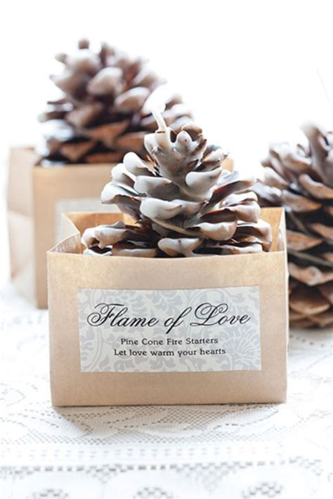 picture of amazing christmas wedding favors to get inspired