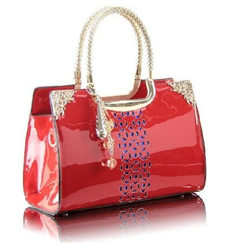 Designer Bags For The Stylishly Airsick by Fascinating Popular Handbags Designs For