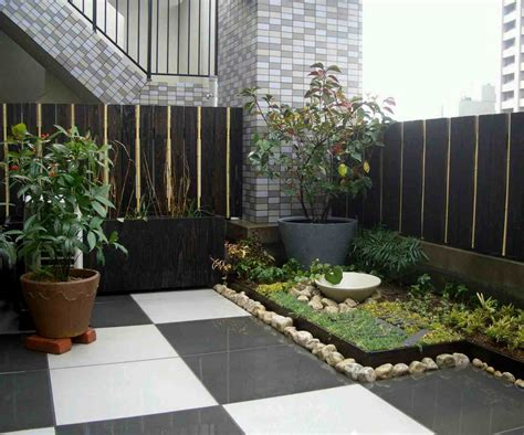 model taman minimalis  lahan  sempit eksterior