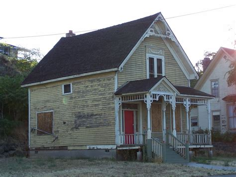 dalles house panoramio photo of abandoned house the dalles
