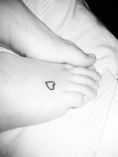 small heart foot tattoos best 25 tattoos on foot ideas on small foot