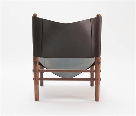 sling couch sling chair walnut lounge chairs from workstead architonic