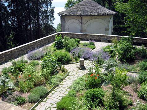 il giardino dei semplici riserva sacro monte orta monte mesma torre