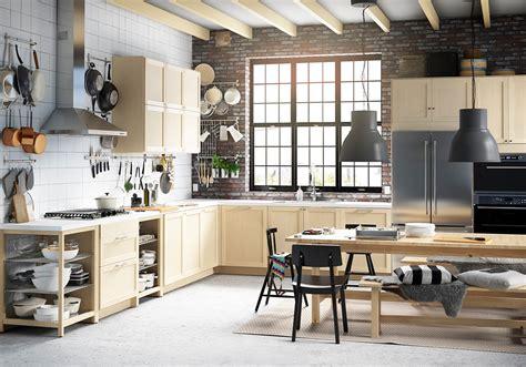 Kitchen Makeovers Edmonton Handymen On Hgtv Renovationfind