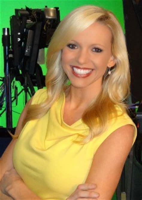 julie grauert joining fox 25 as morning traffic reporter wpix names julie grauert to dual role as traffic and news
