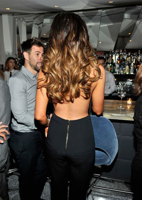 Kate Beckinsale Goes Back To The Pool by Kate Beckinsale Beckham Collection Dinner In